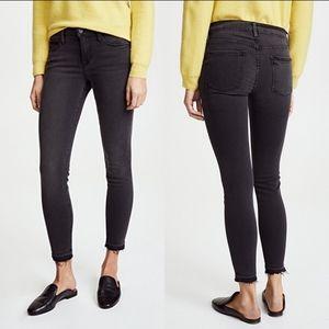 Frame Le Skinny de Jeanne WASHED Black Jeans